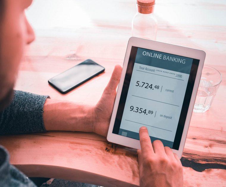 como la tecnología protege la banca digital